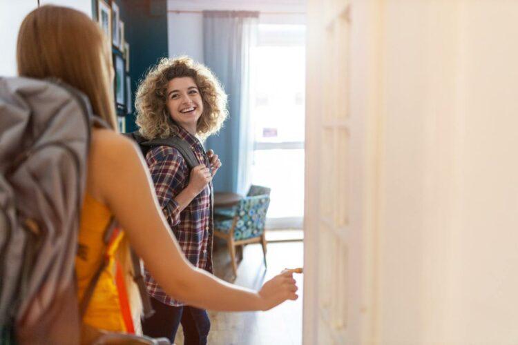 Logement étudiant: peut-on envisager une sous-location durant l'été?