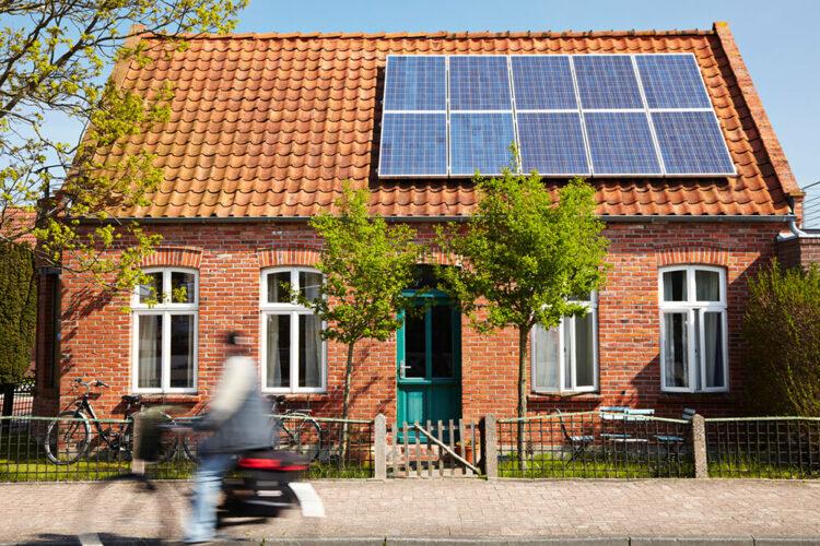 Passer à l'énergie solaire, combien ça coûte?
