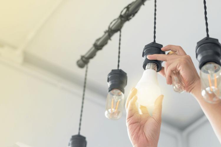 Qui sont les vrais fournisseurs d'électricité verte en 2020: le classement de Greenpeace