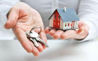 Est-il légal de refuser une location à une personne âgée ou handicapée?