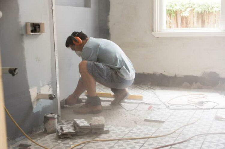 Ajouter un étage à sa maison: faut-il un permis de construire?