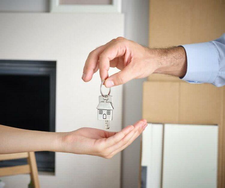 Mon propriétaire peut-il m'interdire d'héberger un proche?