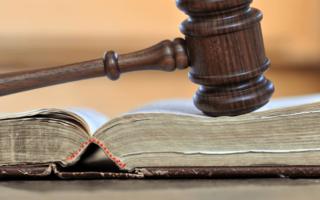 Huissier de justice: quelles aides peut-il apporter au propriétaire d'un logement?