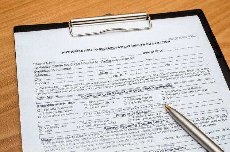 Gros plan sur le questionnaire médical pour l'assurance de prêt immobilier