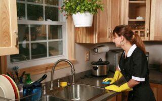 Femme de ménage et assurance