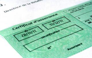 Vignette d'assurance auto: fausses rumeurs et obligations