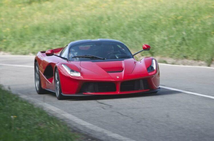 Les 7 voitures de footballeurs les plus chères du monde!