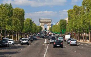 Auto/Moto: les vignettes anti-pollution entreront en vigueur le 1er janvier 2017 à Paris