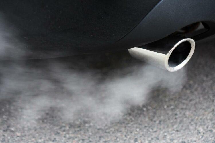 Crit'air: Renault et Dacia offrent la vignette anti-pollution à leurs clients