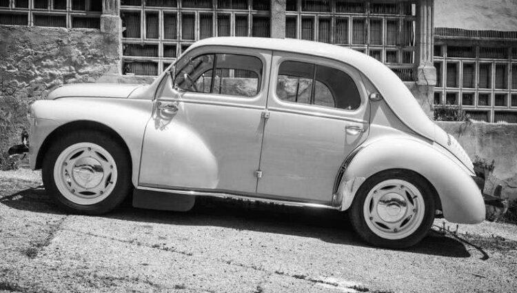 Côte-d'Or: 600 heures de travail pour restaurer la Renault 4CV de son grand-père