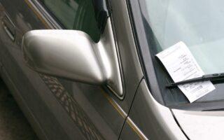 Stationnement: Streeteo distribue des PV illégaux à Paris