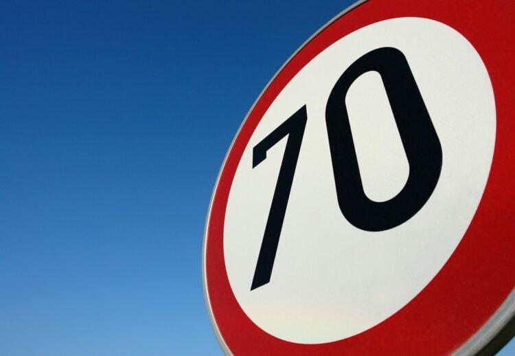Sécurité routière: faut-il rouler à 70 km/h en rase campagne?