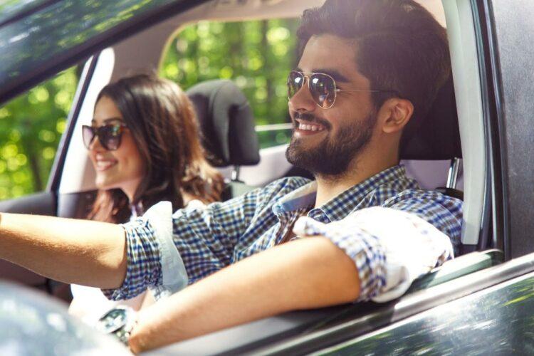 Ornikar, l'auto-école en ligne, propose aussi une assurance auto pour les jeunes conducteurs