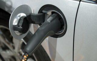 Voiture électrique: Smart prévoit l'arrêt des moteurs thermiques pour 2020
