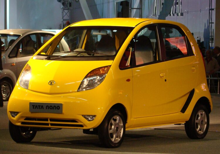 Tata Nano: La « voiture la moins chère du monde » va interrompre sa production