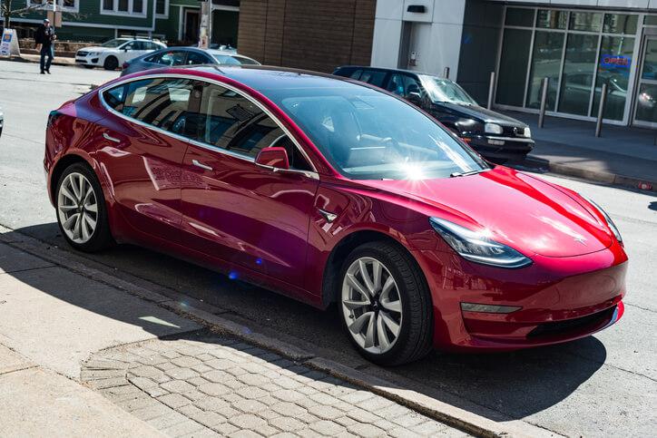 Tesla: La Model 3 arrive enfin en France