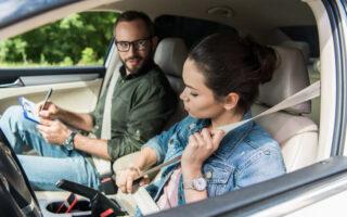 Permis de conduire probatoire: durée réduite grâce à une formation