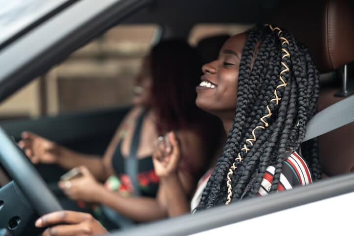 Assurance auto: les femmes payent toujours moins cher
