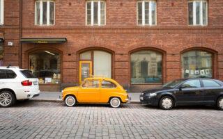 Assurance auto et confinement: même si votre voiture ne roule pas elle doit être assurée
