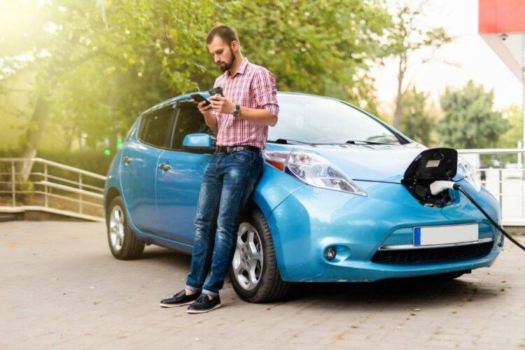 Automobile: le grand succès de la prime à la conversion
