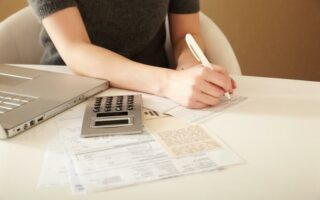 Obtenir un crédit conso sans être en CDI