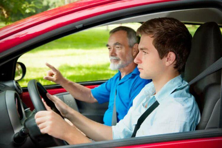 Combien coûte le permis de conduire?