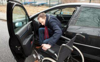 Assurance auto aménagée pour personne avec un handicap