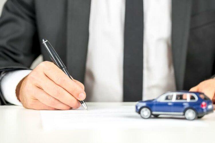 Auto: changer de contrat sans changer d'assureur
