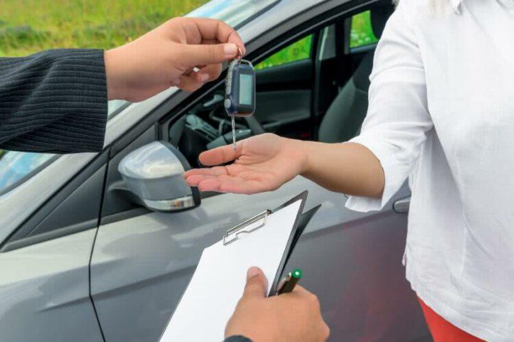 Comment fonctionne le bonus/malus pour une voiture en location?