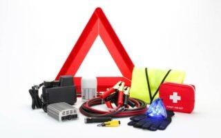Auto: que doit contenir votre kit de sécurité?