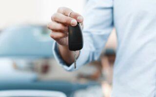 Location de voiture et jeune conducteur: comment ça marche?