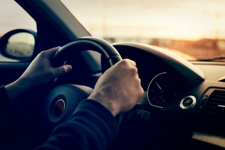 Combien coûte une assurance auto pour un résilié?