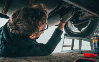 Assurance voiture immobilisée: dois-je assurer une voiture qui ne roule pas?