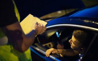La conduite sans permis et sans assurance