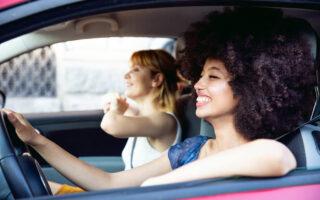 Jeunes conducteurs: votre bonne conduite récompensée grâce à l'assurance connectée