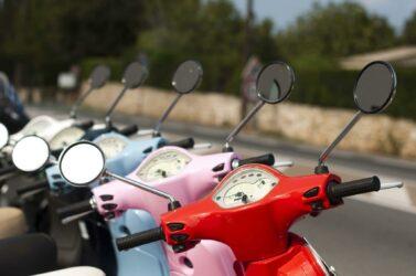 Baisse des ve,tes de scooters et motos en France