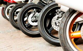 Une recharge d'air comprimé pour sa moto: une innovation pratique et française!