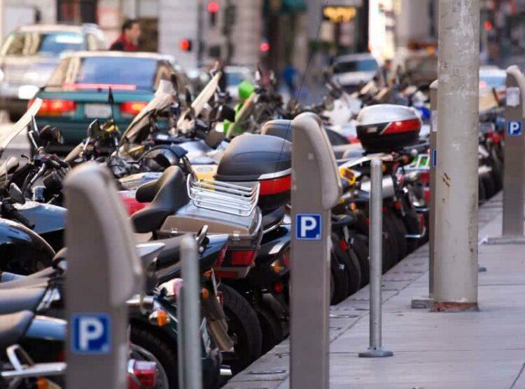Un nouveau décret sur le stationnement des deux roues