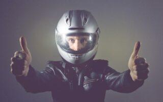 Deux-roues: découvrez le casque qui prévient les secours en cas d'accident