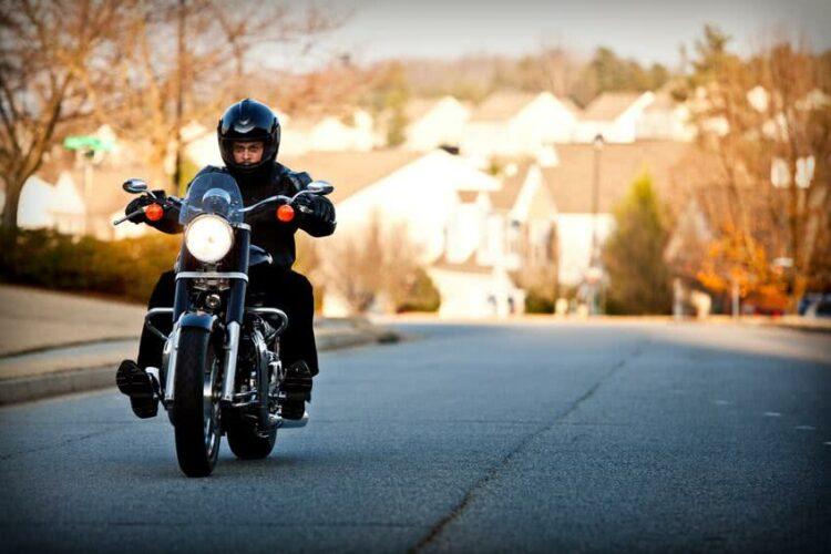Roulez comme un super-héros avec les casques moto Marvel