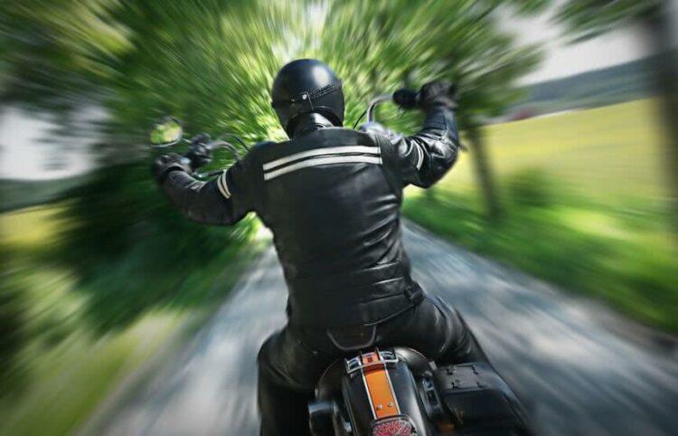 Sécurité routière: les gants obligatoires en deux-roues à partir d'aujourd'hui