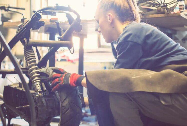 Deux-roues: la prise diagnostic, un bouleversement pour le marché de l'entretien et de la réparation