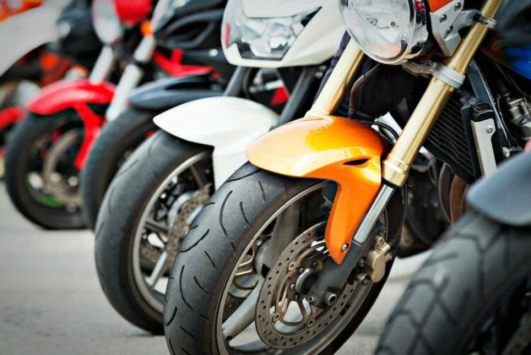Ducati, Suzuki, BMW… Les nouveautés brillent au Salon de la moto de Cologne