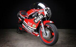 Salon Moto Légende: Les Yamaha TZ750 et SCR950 en haut de l'affiche
