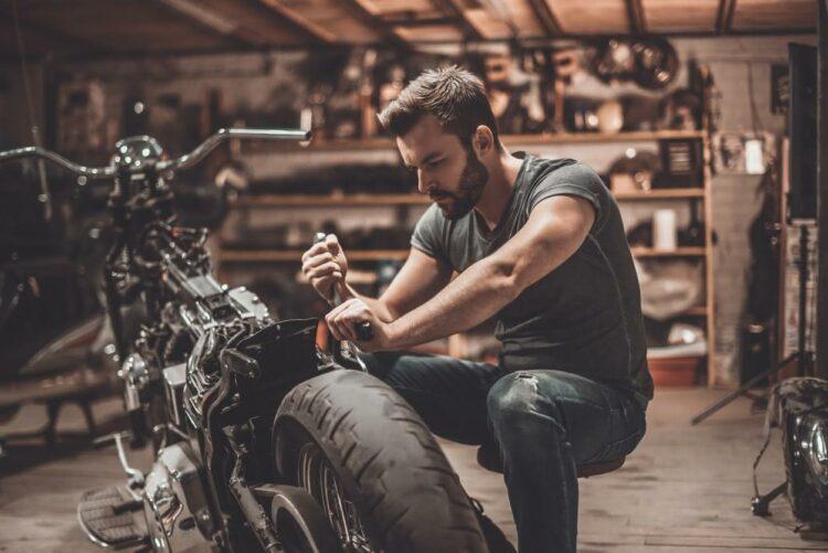 La moto, véritable alternative à la voiture? Oui disent les automobilistes belges!