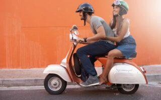 Eté: Quelle tenue pour rouler en scooter en ville?