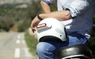 Cosmo Connected: le feu arrière connecté qui protège les motards