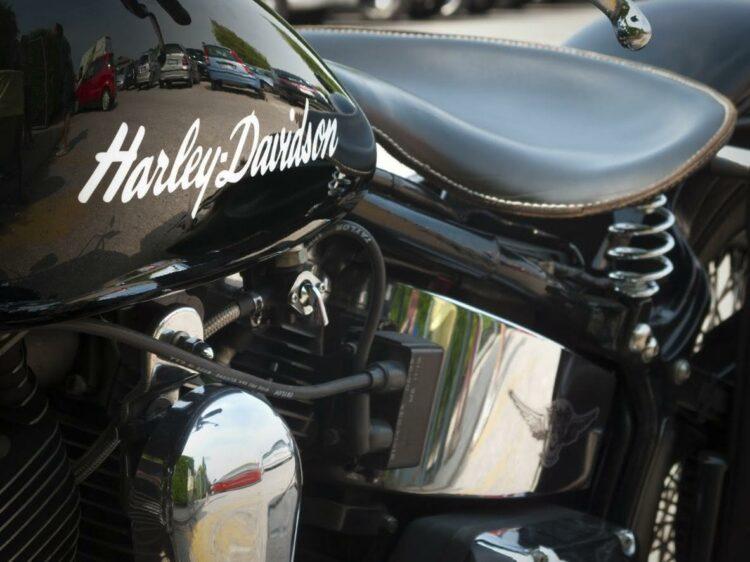 Etats-Unis: Harley-Davidson propose des stages pour séduire les jeunes