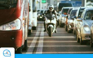 Deux-roues: la circulation inter-files est interdite depuis le 1er février 2021