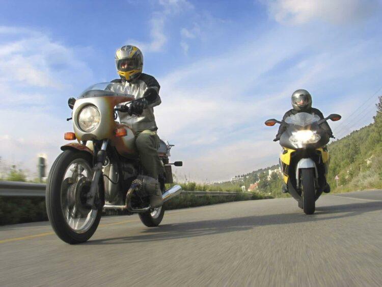 Perte ou vol de votre permis moto: les démarches à suivre pour chaque situation